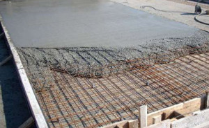 Заливка фундамента бетоном м-100