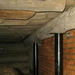 Когда необходима реконструкция основания дома
