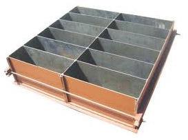 Металлическая форма для блоков бетона