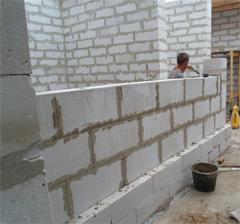 Строительство коттеджа и стен из блоков пенобетона