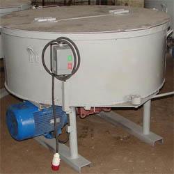 Аппарат для смешивания раствора на 300 л