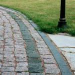 Особенности применения брусчатого гранитного камня